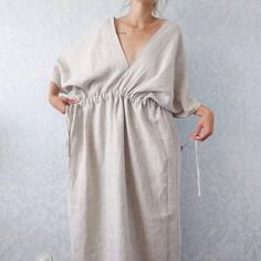 Evangeline kimono style linen dress Evangeline linen kimono style dress - handmade with pockets and matching linen belt Mode Kimono, Kimono Style Dress, Kimono Fashion, Boho Dress, Diy Fashion, Ideias Fashion, Fashion Dresses, Fashion Design, Kimono Jacket