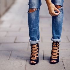 Love the strappy sandals!