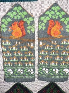 squirrel and mushroom mittens Knitted Mittens Pattern, Knit Mittens, Knitted Gloves, Knitting Socks, Hand Knitting, Knitting Humor, Knitting Charts, Knitting Projects, Knitting Stitches