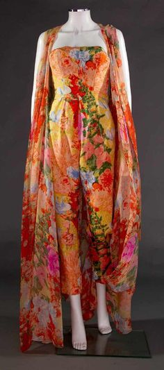North America's auction house for Couture & Vintage Fashion. Augusta Auctions accepts consignments of historic clothing and textiles from museums, estates and individuals. Clothing And Textile, 50s Vintage, Historical Clothing, Silk Chiffon, 1950s, Kimono Top, Summer Jumpsuit, Vintage Fashion, Couture
