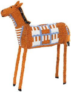 Monkeybiz beaded animals are handmade by a women's community in South Africa for a non-profit organization called Monkeybiz. South African Design, South African Art, Pony Bead Patterns, Beading Patterns, Africa Art, Arte Popular, African Masks, Beaded Animals, African Beads