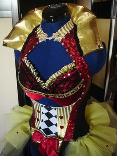 My design for the Red Queen in a Alice in Wonderland themed dance.