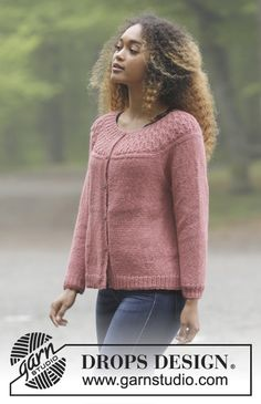 Namdalen jacket / DROPS - free knitting patterns by DROPS design, Namdalen Jacket / DROPS - Knitted jacket with round yoke, raglan sleeves and structured pattern, knitted from top to bottom. Sizes S - XXXL. Knitted Jackets Women, Cardigans For Women, Crochet Jacket, Crochet Cardigan, Drops Design, Cardigan Design, Knitting Machine Patterns, Sewing Patterns, Crochet Mittens