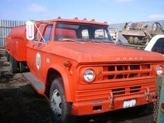 1968 Dodge D500k crew cab dually tanker truck