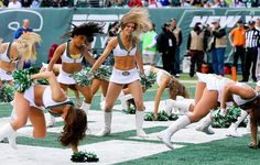 Wacky Sports Photos of the Week (Oct. 22-28) - New York Jets Flight Crew cheerleaders seem to be losing their footing along with the Jets
