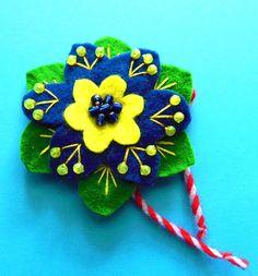 Felt -  Flower - Martenitsa Flower Ornaments, Christmas Ornaments, Bulgarian, Felt Flowers, Shapes, Traditional, Holiday Decor, Diy, Jewerly