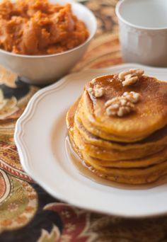 Hearty Pumpkin Pancakes |AllSheCooks.com | #pumpkin #pancakes #fall #flavorful