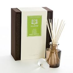Aquiesse Diffuser - Bamboo Teakwood - an exotic blend of green bamboo, hawaiian violet and asian teakwood