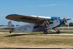 Ford 4-AT-E Tri-Motor aircraft picture