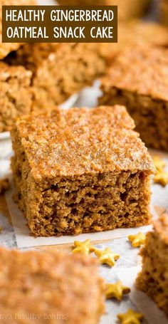 Easy & Healthy Gingerbread Oatmeal Snack Cake – only 101 calories! Perfect for breakfast too! Cozy, tender, flavorful… The BEST gingerbread cake I've had! homemade gingerbread snack cake from. Low Calorie Baking, Low Calorie Desserts, Clean Eating Desserts, No Calorie Foods, Low Calorie Recipes, Healthy Low Calorie Snacks, Eating Healthy, Clean Eating Cake, Low Calorie Cake