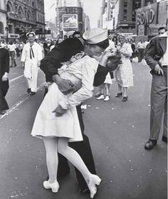Google Image Result for http://fashionassist.files.wordpress.com/2011/02/wars-end-kiss.jpg