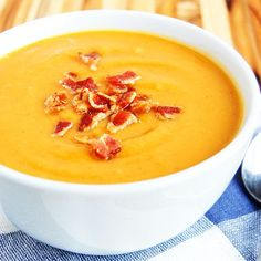 Sweet Potato and Bacon Paleo Soup- all the taste of a baked potato in one bowl of soup. And it is healthy!!!!