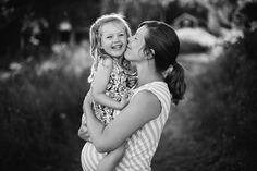 © Anna Sandström Foto, Family photo session, Mother and daughter portrait, Familjefotograf Stockholm, mor och dotter, familjeporträtt, Lifestyle fotograf