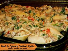 Beef & Spinach Stuffed Shells - Melissa's Southern Style Kitchen Entree Recipes, Beef Recipes, Dinner Recipes, Cooking Recipes, Healthy Recipes, Beef Dishes, Pasta Dishes, Italian Dishes, Italian Recipes