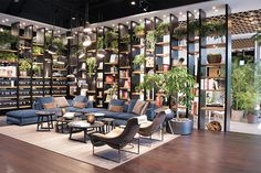 21 Ideas Modern Office Seating Area Bookshelves For 2019 Built In Garden Seating, Dining Room Bench Seating, Office Seating, Farmhouse Stools, Reception Desk Design, Warehouse Design, Corporate Office Design, Public Seating, Outdoor Restaurant