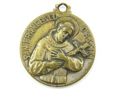 Vintage Saint Francis of Assisi - Virgin of the Rosary of Pompei Catholic Medal - Virgin Mary Religious Charms - P49 by LuxMeaChristus on Etsy