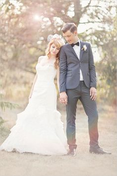 vintage inspired bride and groom looks from Glass Jar Photography