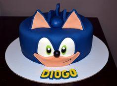 Bolo do sonic redondo Bolo Sonic, Sonic Cake, Cake Decorating, Disney, Desserts, Decor Ideas, Character, Cakes, Sonic Birthday Cake