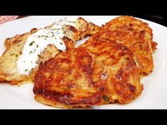 Tökös lapcsánka tökös tócsni @Szoky konyhája - YouTube Chicken, Meat, Food, Youtube, Essen, Yemek, Youtubers, Buffalo Chicken, Youtube Movies
