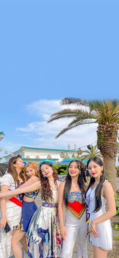 Kpop Girl Groups, Korean Girl Groups, Kpop Girls, Mnet Asian Music Awards, Edm, My Girl, Cool Girl, Twice Photoshoot, Twice Group
