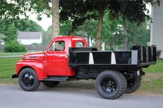 Vintage dump truck. ♪•♪♫♫♫ JpM ENTERTAINMENT ♪•♪♫♫♫