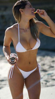 Sexy Bikini, Bikini Girls, Mädchen In Bikinis, Tumbrl Girls, Haut Bikini, Bikini Models, Mannequins, Gorgeous Women, Mini Bikini