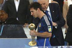 #MundialBrasil2014 Messi al Psicólogo y Brasil con el Síndrome de Estocolmo: http://wp.me/prKUU-9s8