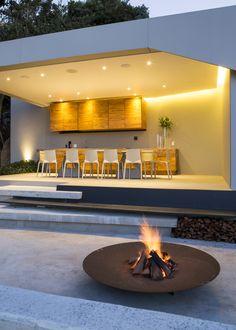 Concrete House | Entertain | Nico Van Der Meulen Architects, M Square Lifestyle Design & Necessities | #entertain #dining #Design # Contemporary #Concrete # Outdoors