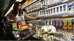 Gobierno de Panamá incluiría la leche pasteurizada en el control de precios http://www.inmigrantesenpanama.com/2015/05/21/gobierno-de-panama-incluiria-la-leche-pasteurizada-en-el-control-de-precios/