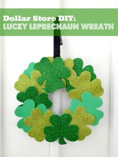 Check out this SUPER easy and TOTALLY cute St. Patricks Day Wreath!  This is a great one to make and put up right away to enjoy the rest of the month!