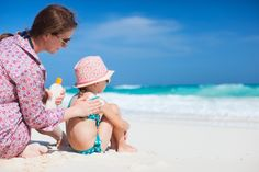 6 Dicas para proteger o seu filho do sol nesse verão Leia mais: http://www.mundoovo.com.br/2014/dicas-para-proteger-o-seu-filho-sol/ | Mundo Ovo