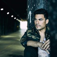 Carlo Rivera, Husband, Actors, Photography, Fictional Characters, Instagram, Ideas, Battle Cry, Mexicans
