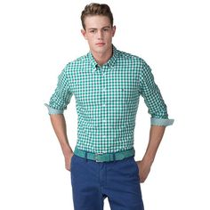 Sophisticated shirt designed in a preppy gingham check. Crafted from crisp cotton in a regular fit with accent tape inside the button-down collar, cuffs, cuff vents and placket. Tommy Hilfiger flag on the chest. Straight, uneven hem. Our model is 1.86m and is wearing a size M Tommy Hilfiger shirt.