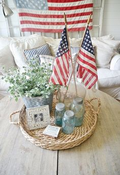4th of July home decor - Simple ways to bring 4th of July decor into your house without breaking the bank.