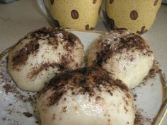 Parené buchty starej mamy Czech Recipes, Russian Recipes, Lunch Snacks, A Table, Sweet Recipes, Deserts, Food And Drink, Dessert Recipes, Cooking Recipes