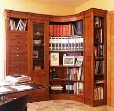 Traditional corner bookcase