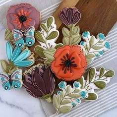 Getting Hungry, Cookie Gifts, Wedding Cookies, Icing, Cookie Ideas, Texture, Small Businesses, Sweet, Greenery