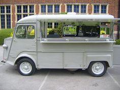 HY van, café Le Tube