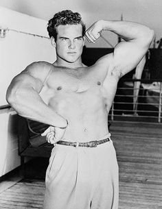 "Steve Reeves (1926-2000): ""After claiming the titles of Mr. America in 1947, Mr. World in 1948 and Mr. Universe in 1950, U.S. Army veteran Steve Reeves parlayed his muscled frame into a successful movie career."""