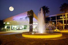 Sheraton San Diego - Entrance at Night