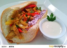 Kureci smes do bagetky recept - TopRecepty.cz Tahini, Cheesesteak, Bruschetta, Hamburger, Food And Drink, Chicken, Ethnic Recipes, Hamburgers, Buffalo Chicken