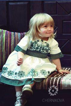 �аг��зка... Читайте також також Ідеальна вишита сукня! Неймовірні вишиванки від Юлії Магдич Розкішна вишивка перлинами та бісером: ідеї для натхнення Декор одягу перлинками Брошки вишиті … Read More