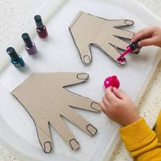 Projects for kids, crafts for kids, toddler crafts, diy for kid Motor Skills Activities, Toddler Learning Activities, Montessori Activities, Infant Activities, Educational Activities, Craft Activities, Kids Learning, Montessori Materials, Fine Motor Activities For Kids