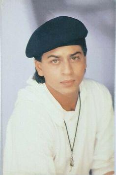 #BollywoodFlashback #rare #postcard #muvyz #muvyz020520 Indian Movie Songs, King Of Hearts, Shahrukh Khan, Style Icons, Bollywood, Blazer, Blazers
