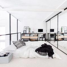 3 Friendly Clever Tips: Minimalist Home White Grey minimalist bedroom loft decor.Minimalist Kitchen Appliances Spaces extreme minimalist home life.Minimalist Home Closet Storage. Modern Minimalist Bedroom, Minimalist Apartment, Minimalist Home Decor, Minimal Bedroom, Minimalist Lifestyle, Bedroom Modern, Minimalist Style, Minimalist Living, Modern Beds
