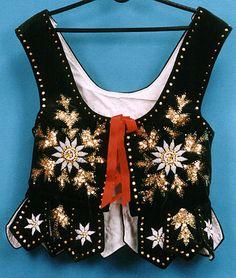 Stroj Goralski | Strój góralski Folk Fashion, Fashion Sewing, Folk Costume, Costumes, Polish Folk Art, Fashion Vocabulary, Folk Embroidery, Historical Costume, Handmade Crafts