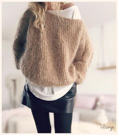 time no object gifts I'd like to giveLine by Moon Classic - WolkenstrickerBelle semaine IG . Mode Outfits, Casual Outfits, Fashion Outfits, Knit Fashion, Womens Fashion, Looks Black, Mohair Sweater, Sweater Weather, Autumn Winter Fashion