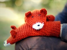 Cute fox mittens