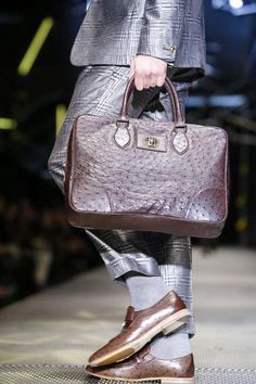Versace Menswear Fall Winter 2015 Milan