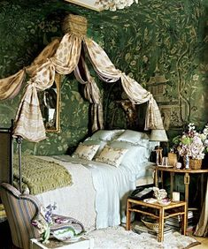 Eye For Design: Old World Style Green Bedrooms